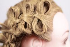 Коса с бантиками из волос 1