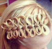 Коса с бантиками из волос 2