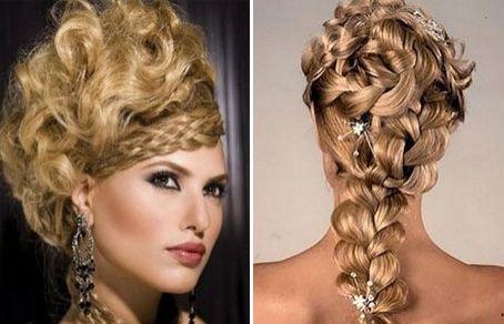 несколько кос, волнистые пряди